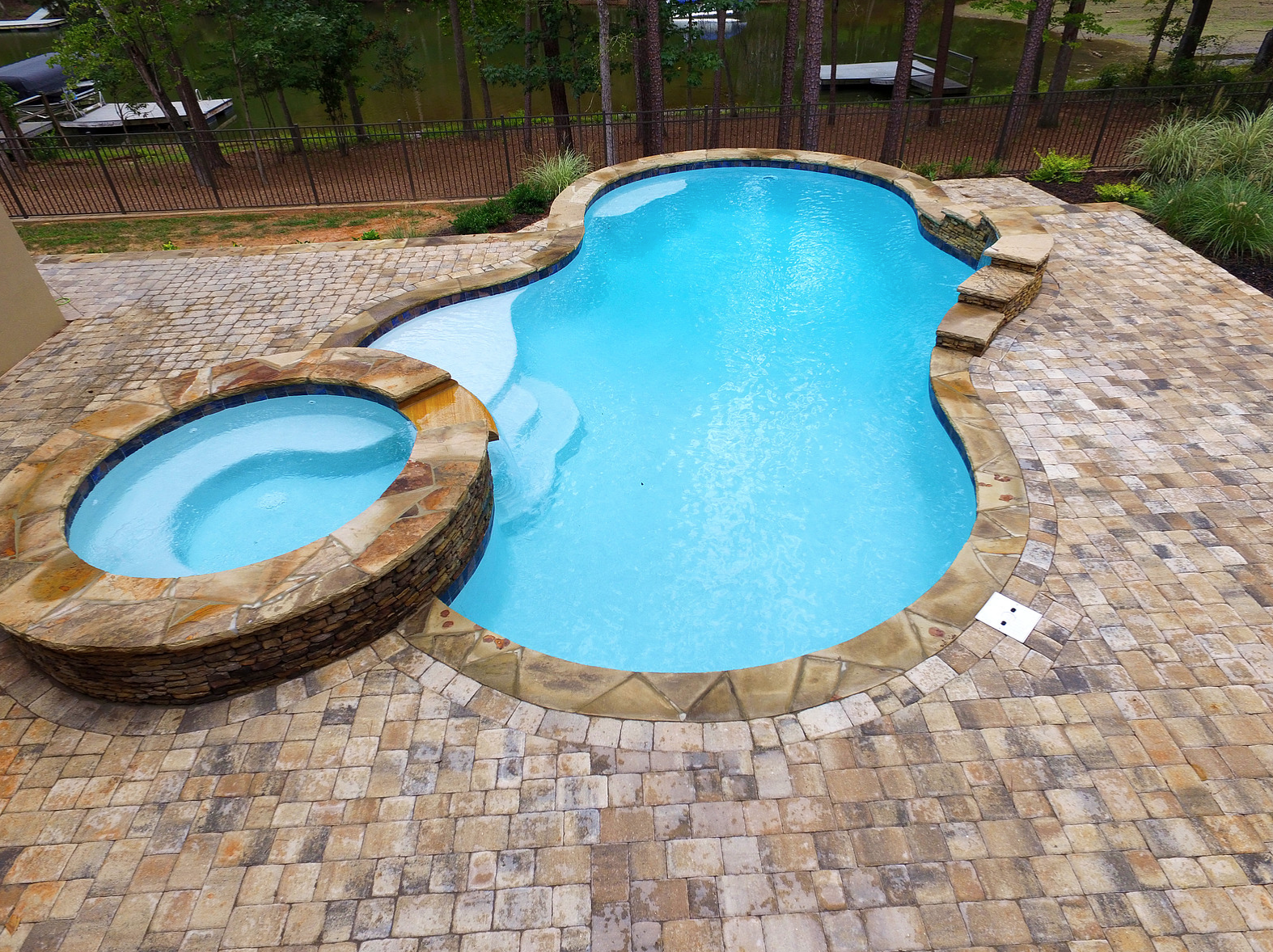Custom Inground Gunite Pool Installers in Hickory North ...