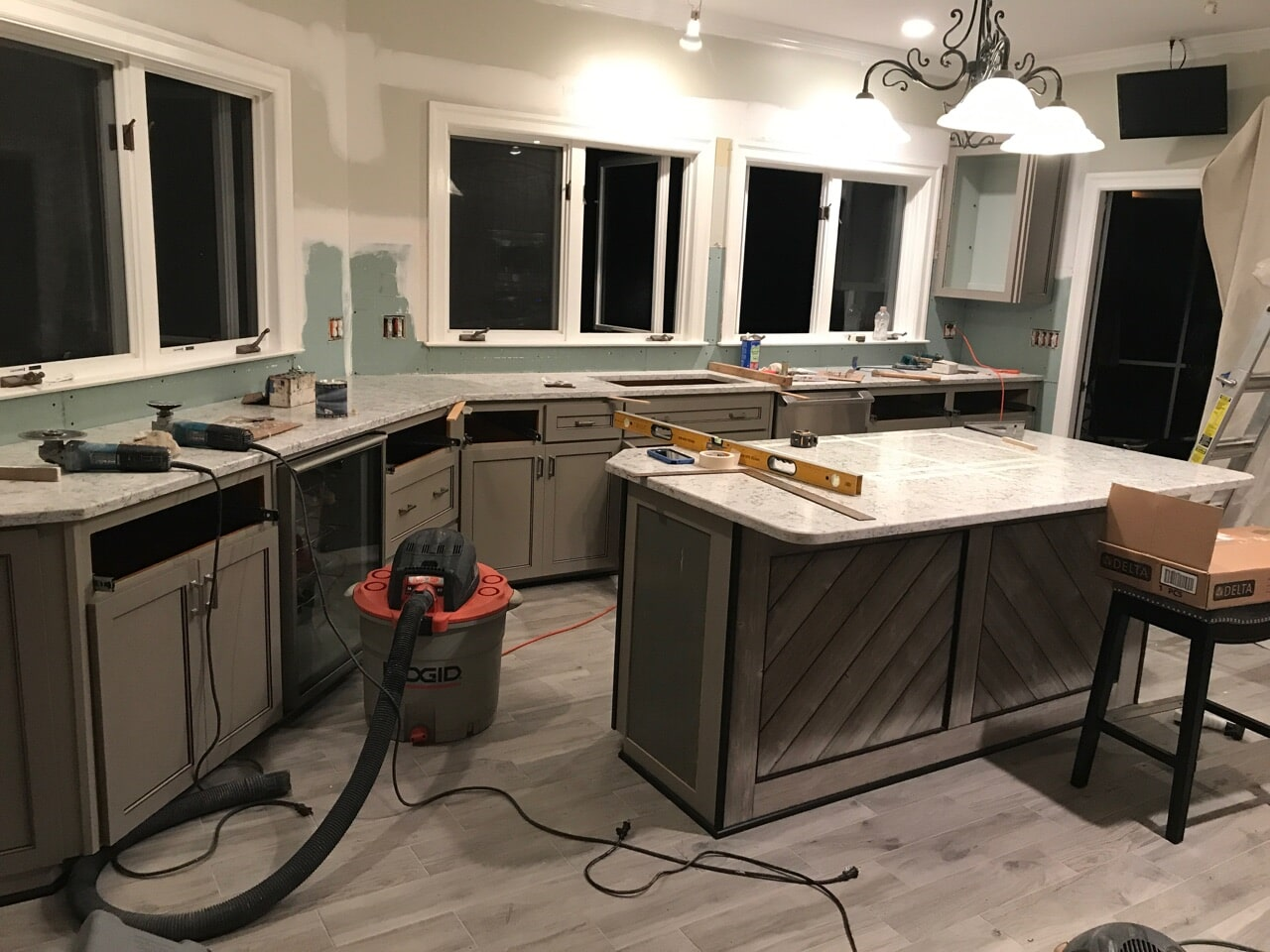 Need Kitchen Cabinets Refaced in Marietta Give us a Call 770 218 3462