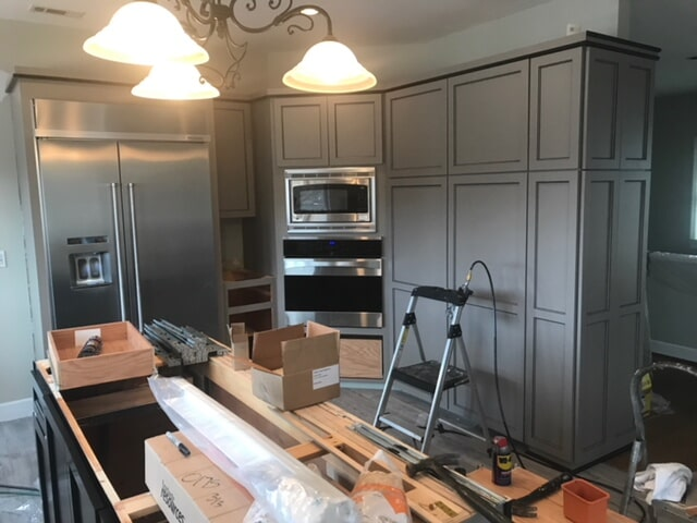Call Free Estimate on Refacing Kitchen Cabinets in Woodstock, Georgia770) 691-0466