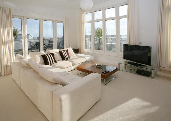 Free in Home Flooring Estimate Call 770-218-3462 Johns Creek residence .