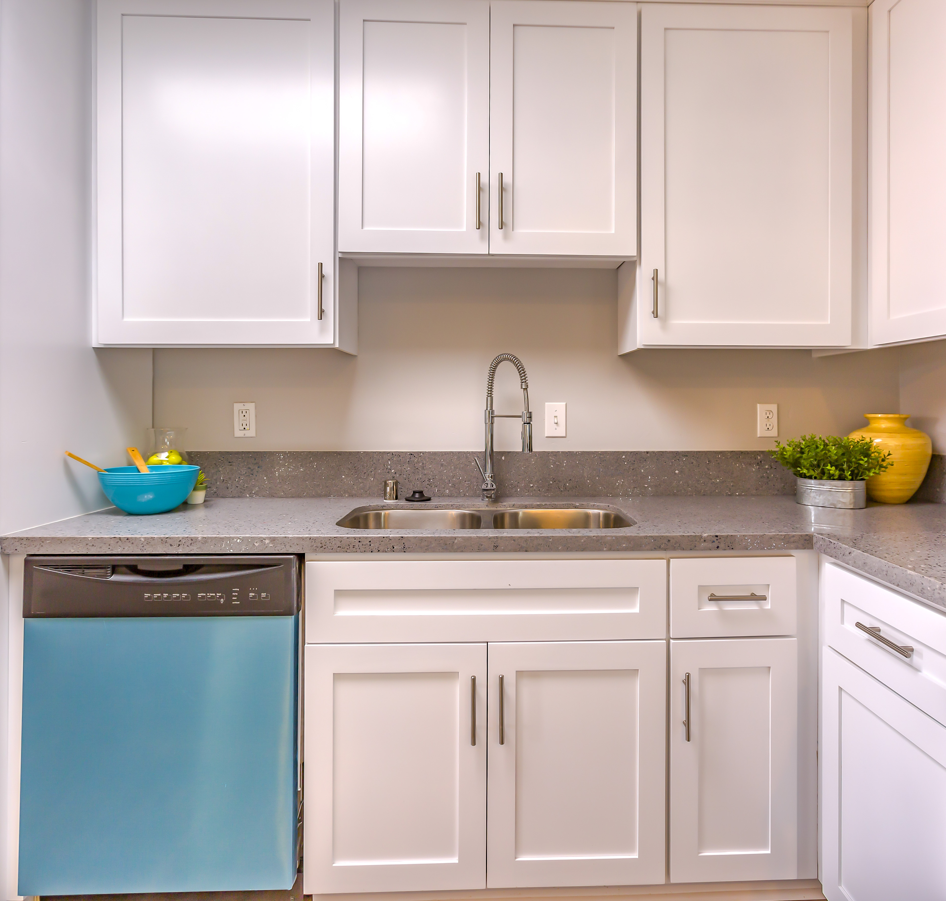 Kitchen Cabinet Refacing From Select Floors in Sandy Springs 770-218-3462
