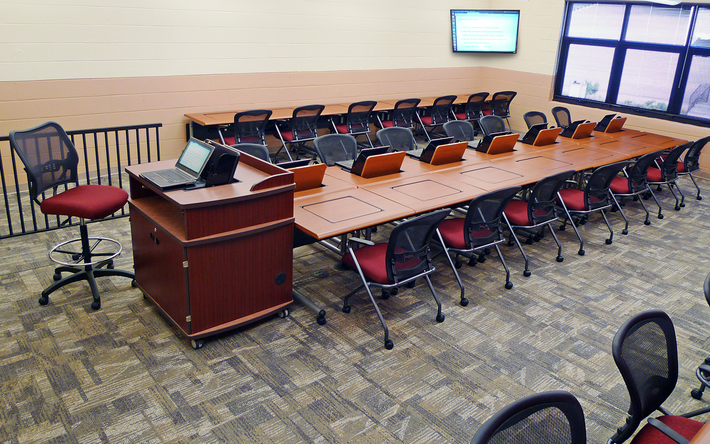 Enhance Your Classroom with Ergonomic Technology Desks from SMARTdesks Call 800-770-7042